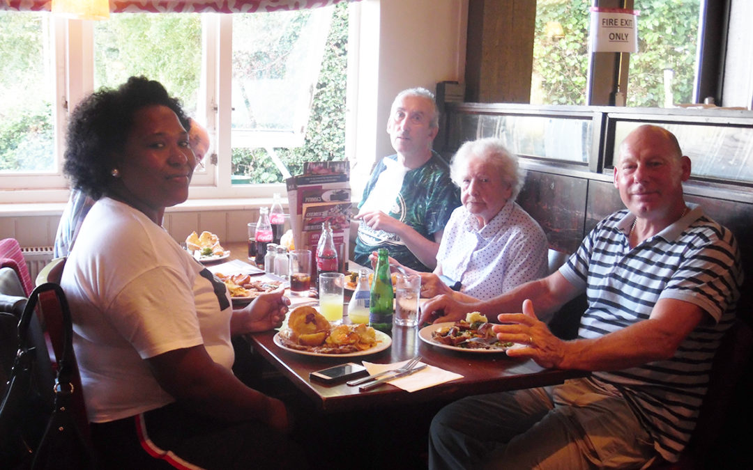 Bromley Park Care Home residents enjoy Toby Carvery and live music