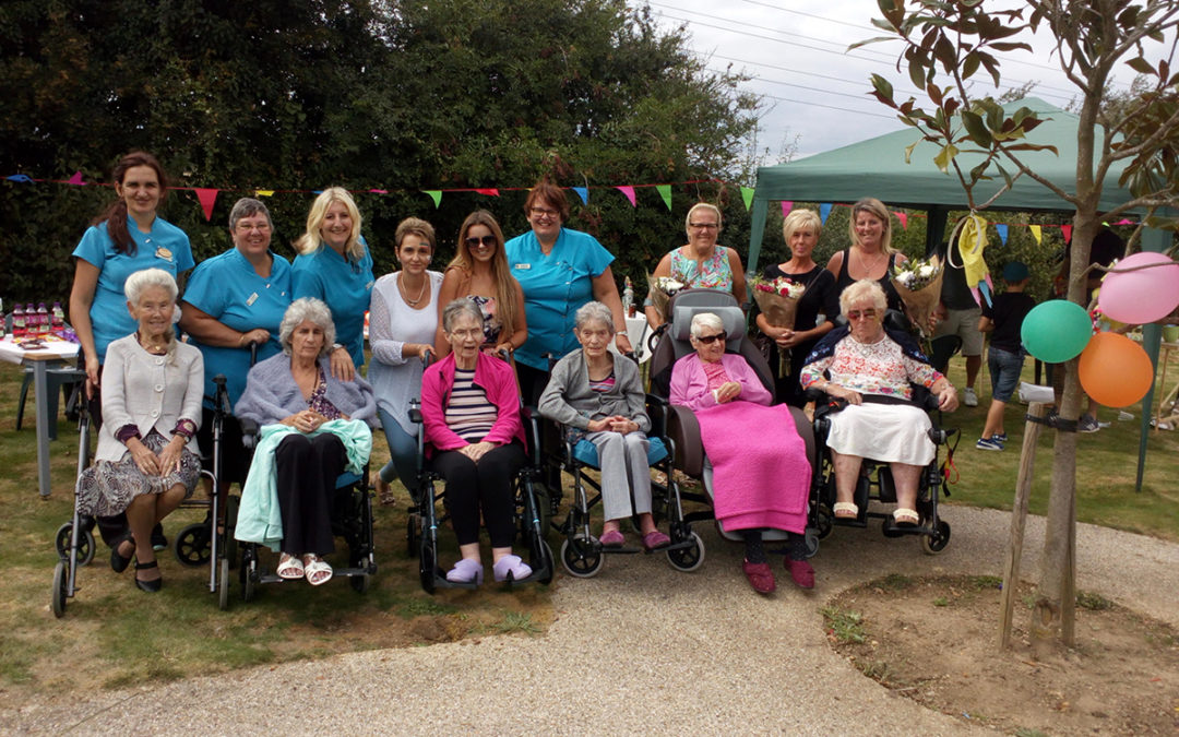 Summer fun at Hengist Field Care Home