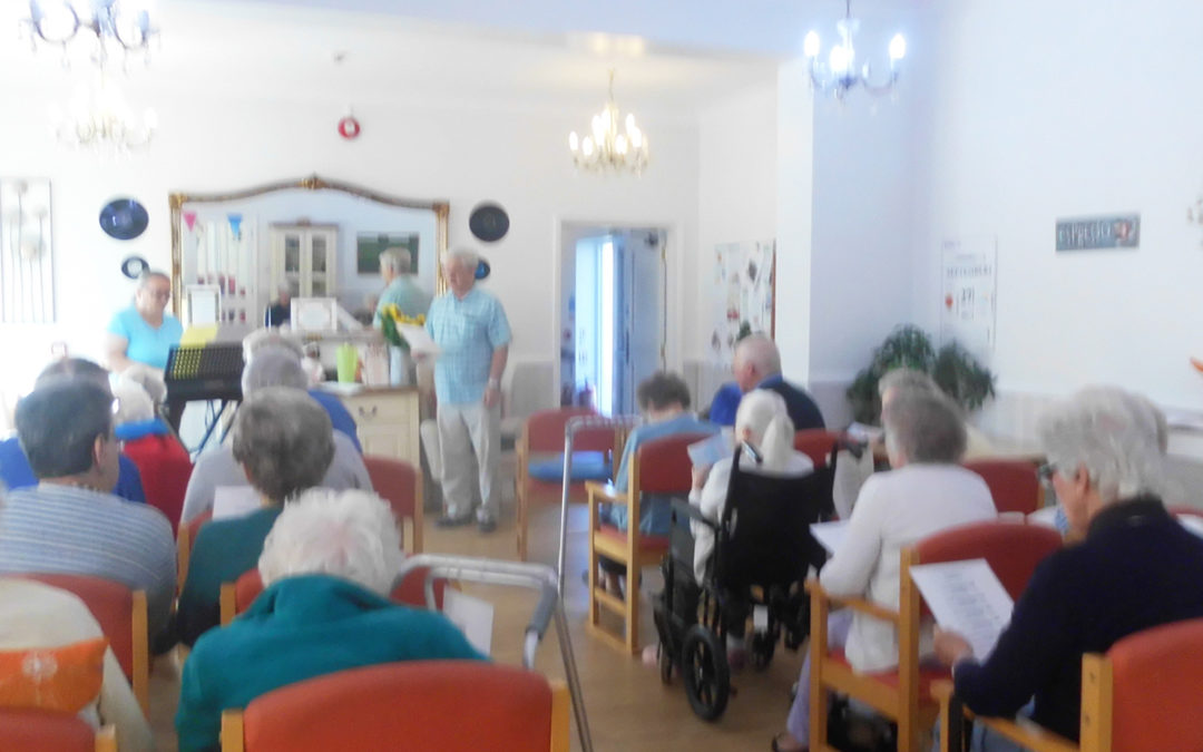 A wonderful church service at Woodstock Residential Care Home on Thursday 27 September