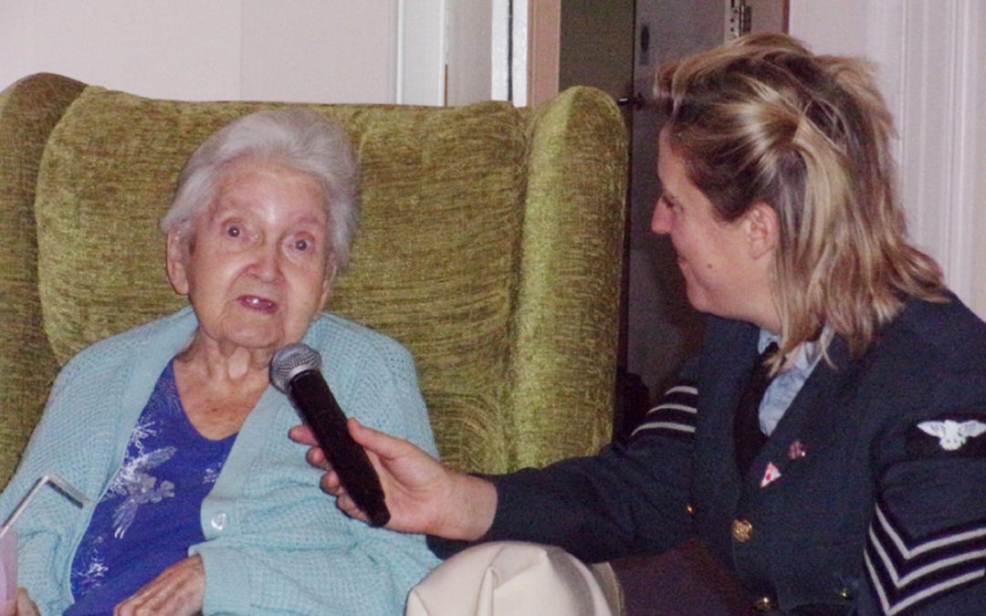 Wartime singer at Loose Valley Care Home